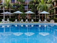 Coral Strand Smart Choice Hotel Pool area