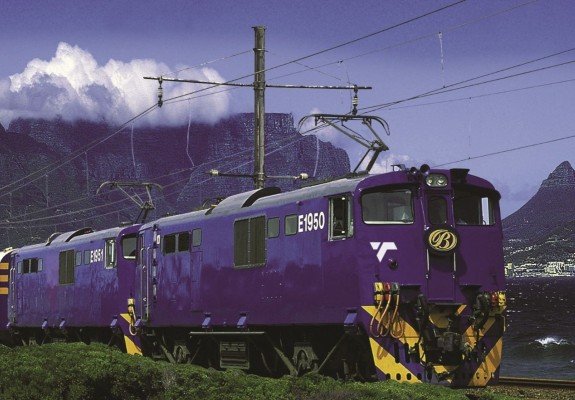 5* The Blue Train Experience - Pretoria to Cape Town or Vice Versa (2 Nights)