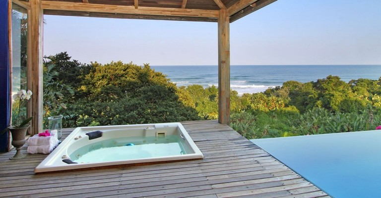 5* Days at Sea Beach Lodge - KZN South Coast Package (2 Nights)