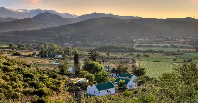 4* Berluda Farmhouse & Cottages - Oudtshoorn Package (2 Nights)