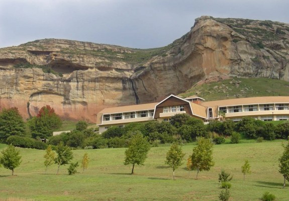 Golden Gate National Park -  Maluti Mountains- Near Clarens Package (2 Nights)